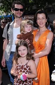 Debi Mazar with husband and children ...