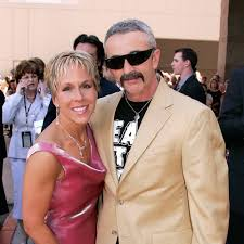 The Boot - Happy anniversary to Aaron Tippin and his wife ...