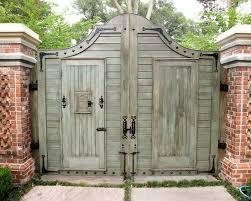 driveway gate cercas