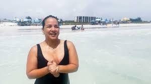 Adamari López disfruta de unas vacaciones distintas con distanciamiento  social | MamasLatinas.com