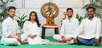best yoga teachers in rishikesh yoga
