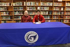 Noah Johnson Signs with William Jewell - West Platte High School