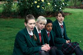 Angus, Thongs and Perfect Snogging ...