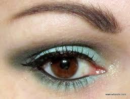 how to rock green eye makeup wiseshe