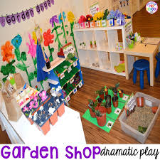 garden and flower dramatic play