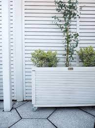 5 Reasons Why You Need To Paint Your Garden Right Now Welovehome Home