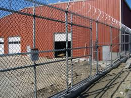Single And Double Swing Gates For Industrial And Commercial Use