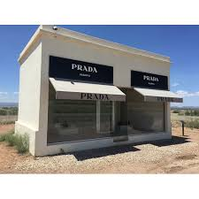 Prada Marfa Prada Desert Marfa East Texas 20 Inch By 30 Inch Laminated Poster With Bright Colors And Vivid Imagery Fits Perfectly In Many Attractive Frames Walmart Com Walmart Com