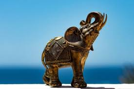 meaning of elephant necklace