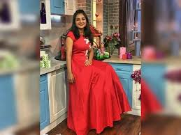 top singer anchoring tv show is