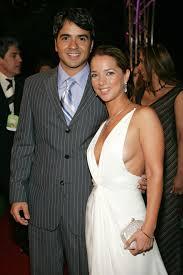 Luis Fonsi's Ex Wife Adamari Lopez Sings Echame La Culpa | PEOPLE.com