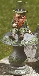 leprechaun garden statue solar 12076