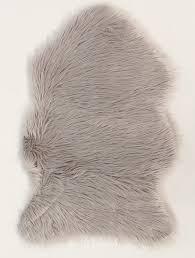 fluffy faux fur sheepskin rugs in grey