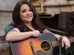Ashley Mcbryde Bio, Height, Husband ...