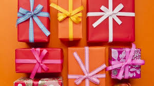 types of gifts to give your customers