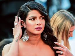 united nations: Priyanka Chopra says she's patriotic, but not fond of war  after Pakistani woman slams her for encouraging nuclear attack - The  Economic Times