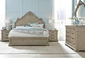 bedroom set by pulaski furniture