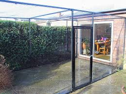 cat enclosures and cat enclosure fencing
