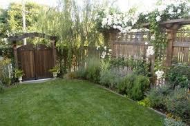 Love The Narrow Arbor High Fence Combo On The Right Back Fence Backyard Backyard Fences Fence Design