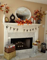 decorate a thanksgiving mantel