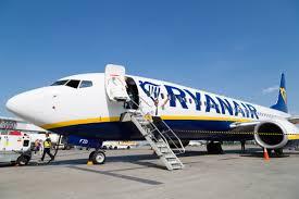 Cancellati tutti i voli da e per l'Italia da Rynair e Wizz Air ...