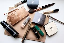 what s in my makeup bag autumn 2017