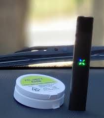 Alien OG Pax Era® to relax during lunch : oilpen