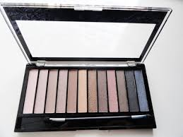 makeup revolution redemption iconic 1