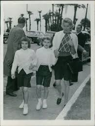 Grace Kelly's sister Peggy Davis with her twin daughters.