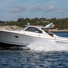 Boat Review: Gagliotta Lobster 35 ...