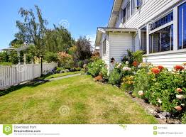 House With Front Yard Landscape And White Fence Stock Photo Image Of Walkway Summer 44715562