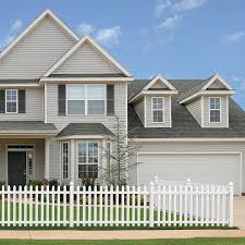 Outdoor Essentials Picketlock Yorktown 4 Ft H X 8 Ft W White Vinyl Spade Picket Fence Panel In The Vinyl Fence Panels Department At Lowes Com