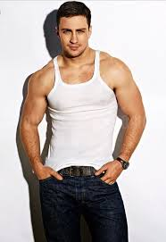 That body! Adam Taylor Johnson | Aaron taylor johnson shirtless ...