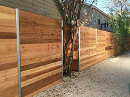6 H Horizontal Cedar Privacy Framed Between Steel Posts Modern Austin By Austin Brothers Fence Company
