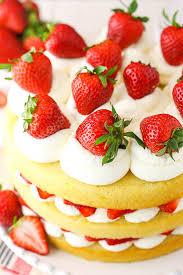 easy strawberry shortcake cake recipe