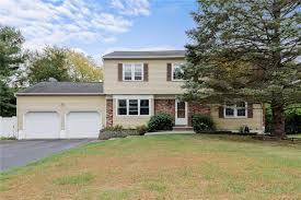 59 Barnes Rd Washingtonville Ny 10992 Mls H6072871 Coldwell Banker