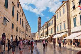 Main street of Dubrovnik | The main street of the old city w… | Flickr