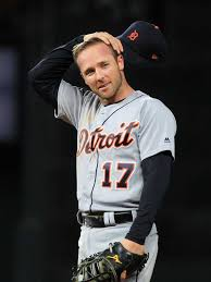 Detroit Tigers lose Andrew Romine to Seattle Mariners, make more moves