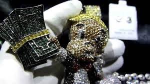 lab made diamond richie rich pendant