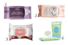 8 free makeup wipes to remove