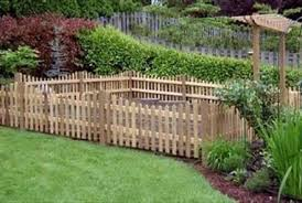 12 Impressive Pallet Fence Ideas Anyone Can Build Off Garden Recreate For Wood Pallets Upcycle Art Garden Scope