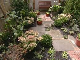 small yard vegetable garden design