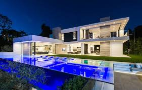 22 outstanding modern mansions for