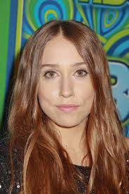Sarah Sutherland - Ethnicity of Celebs   What Nationality Ancestry Race