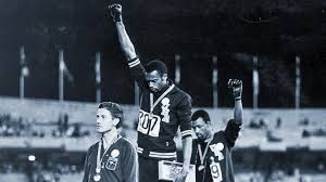 Black power Olympians Tommie Smith and John Carlos in hall of fame ...
