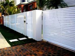 32 Cool Modern Fence Design Ideas Best For Modern House Housedcr Modern Fence Design Fence Design Modern Fence