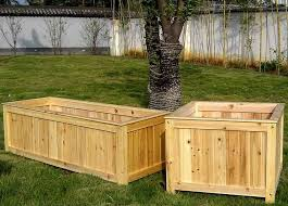 how to make wooden barrel planters