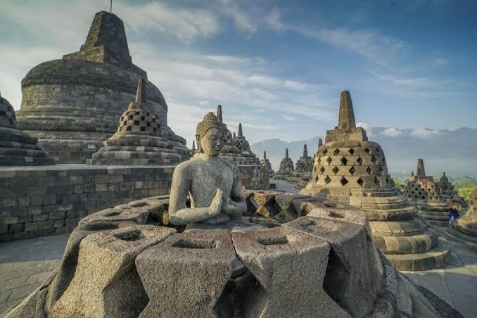 "Hasil gambar untuk Candi Borobudur"""