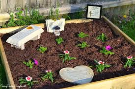how to make your own memorial garden on