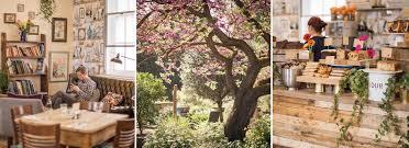 a sunny day at the physic garden café